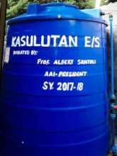 100 gallon water tank captures fresh rain water