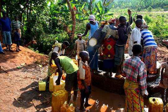 Clean Water and Trainings for 100 Families
