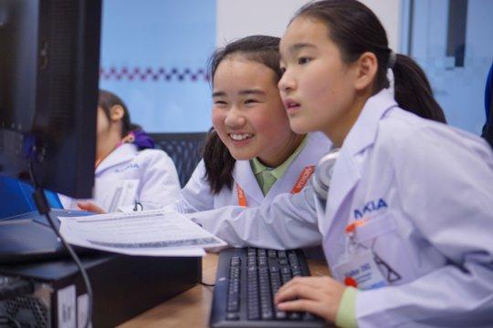 Future codebreakers at work in Shanghai!