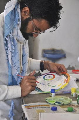 M. Husen creates colour from the colour wheel