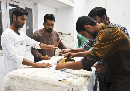 Ajrakh 2018 students sampling new layouts