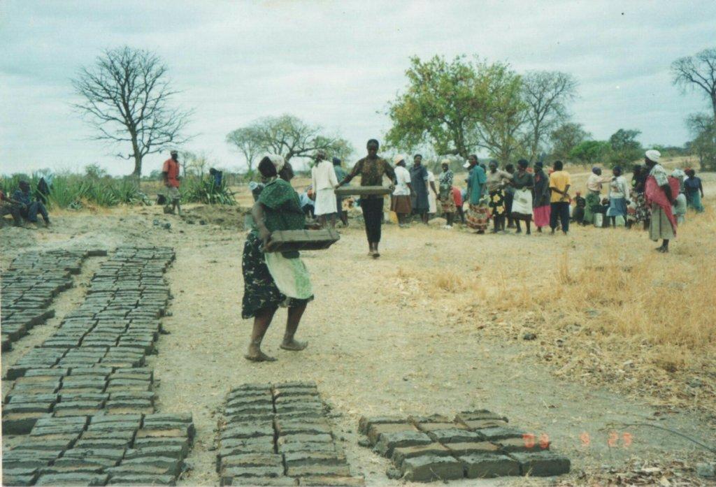 Build 2 Classrooms for 400 Children in Zimbabwe