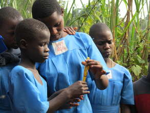 Kasiisi Primary School Girls Science Experiment