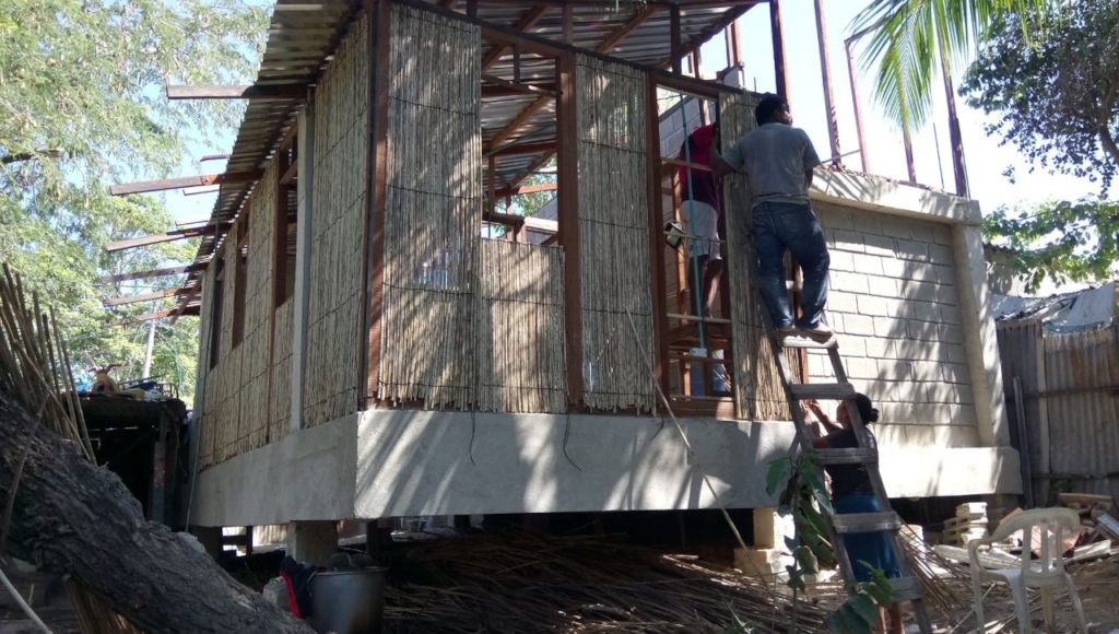 House facade using natural materials