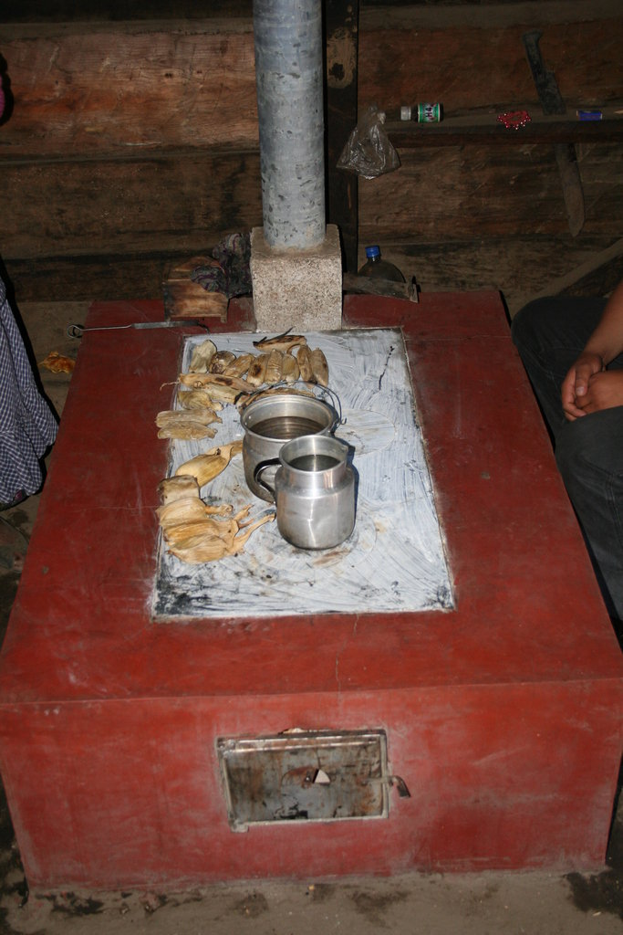 800 Fuel-Efficient Stoves for Guatemala