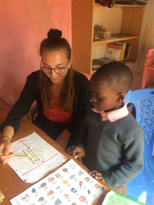 Tatjana and a Grade 2 pupil