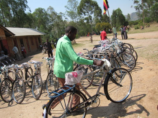 Buy Bicycles for 68 Village Health Teams in Uganda
