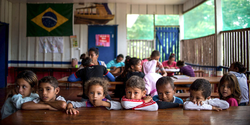 Support Literacy for Brazilian Children