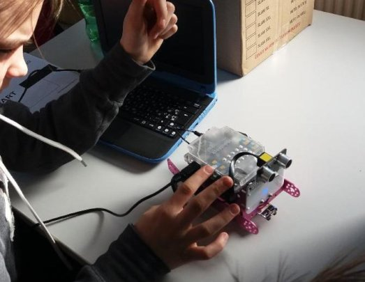 hands-on training in robotics