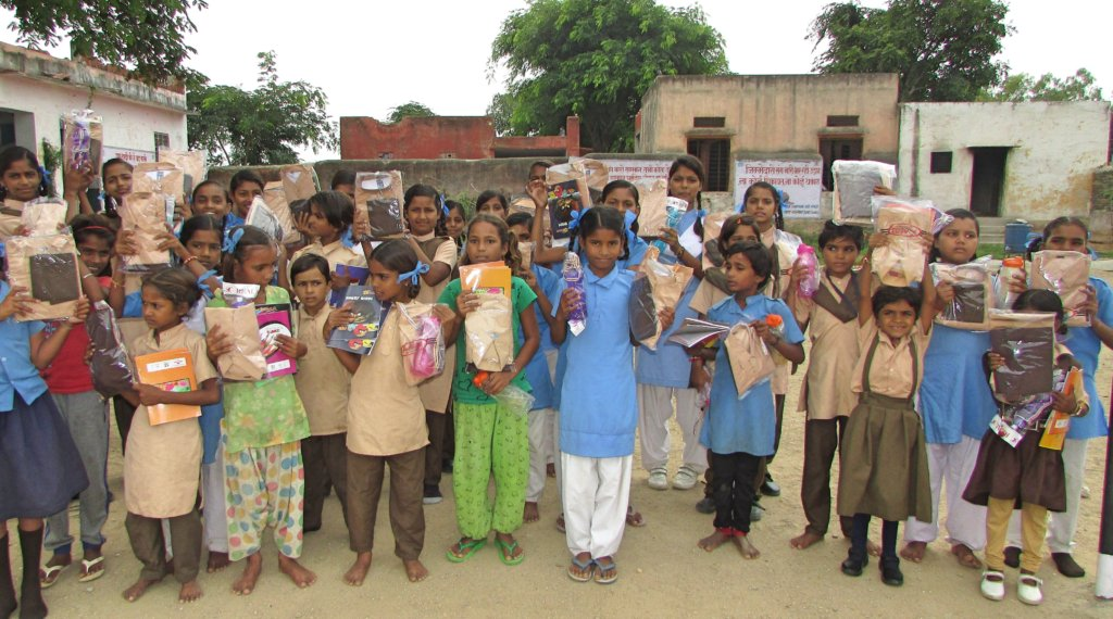Happiness of School Children with Education Stuff!