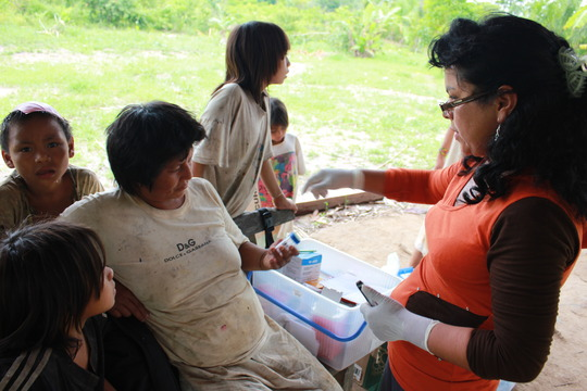 A  family participating in the parasite testing.