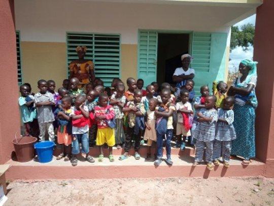 Children of the nursery school of Sidi 2