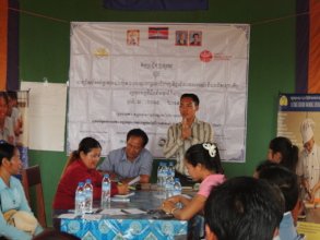 Le Tonle Trainer give orientation selecting day