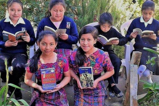 World literature for Kajib' No'j