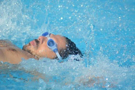 A Swimming Champ!