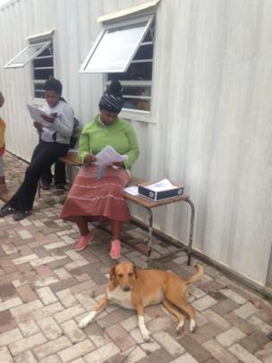 Registering via a paper survey in Xhosa