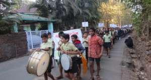 School student Rally to raise awareness