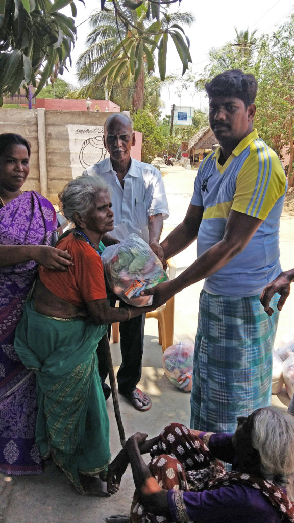 Help to provide food groceries to neglected elder