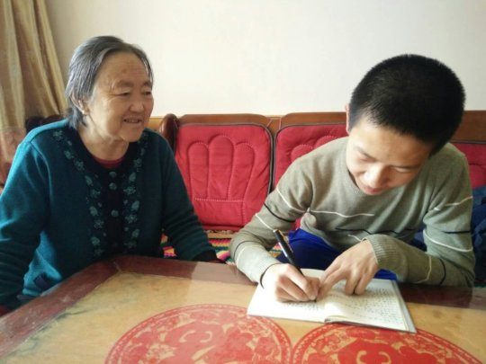 Zhenming Interviewing Grandma