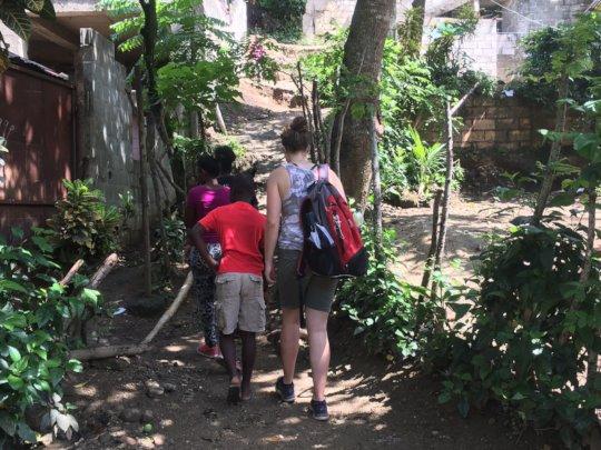 Walking through Bienvenido