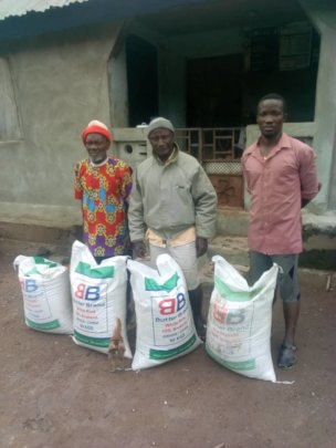 Rice donation to farmer familys in Malal chiefdom