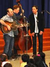 Ed Helms Brings Bluegrass to ETM-LA Students