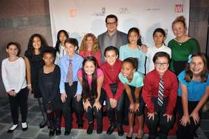 Mae C & students w/ Actor Josh Gad (Frozen)