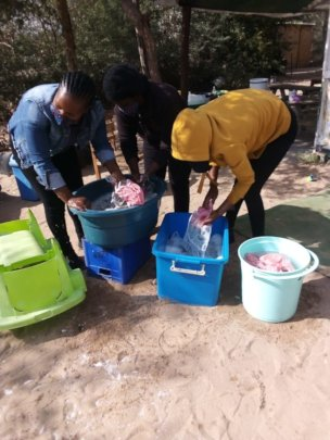 Washing Covid-facemasks for the children