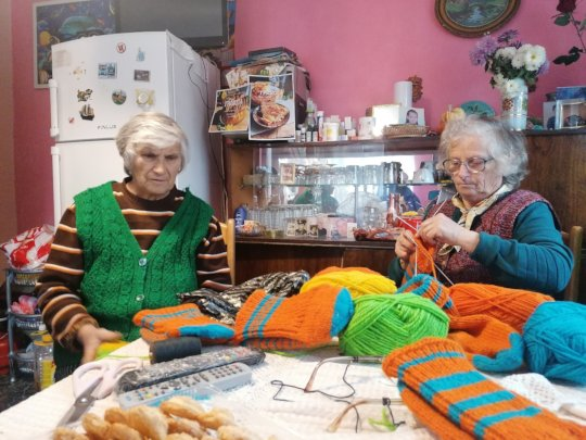 Grannies making terlitsi
