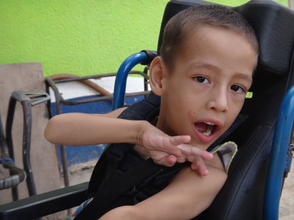 Help Bolivian Children Living in Poverty