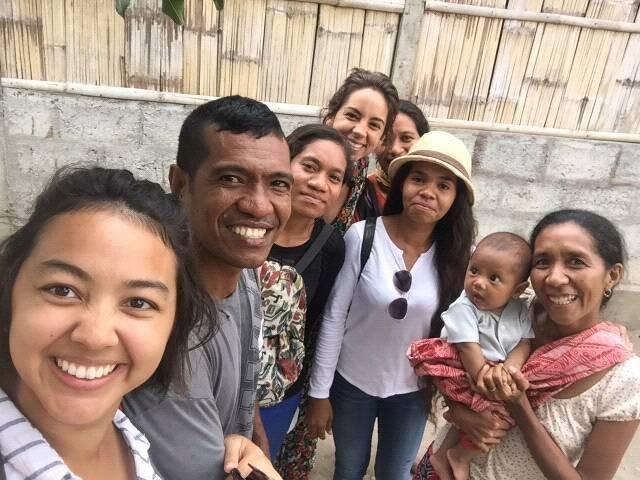 Selfie@Arlo with community, team and volunteer