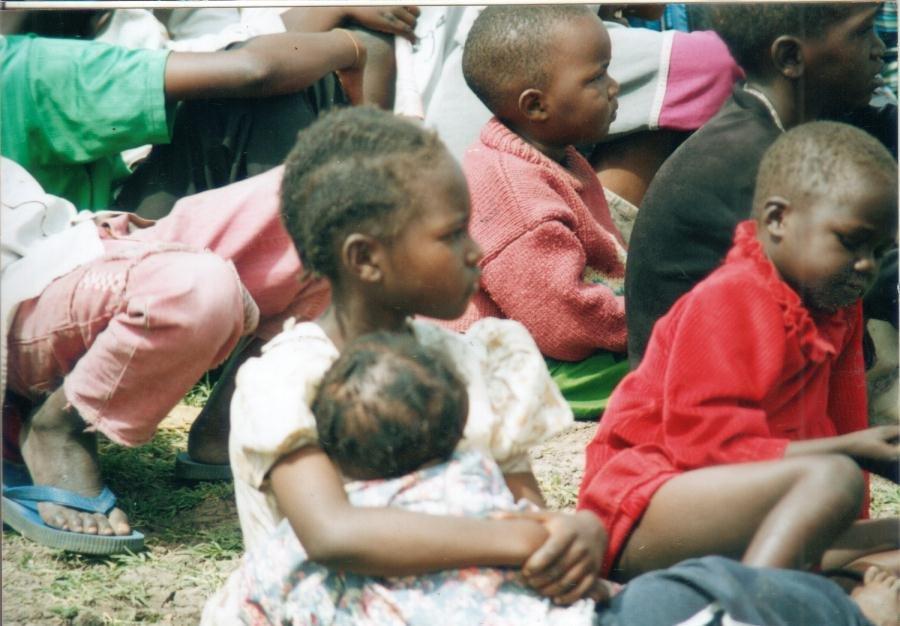Train 100 Young Teen Mums  to Gain Skills in Kenya