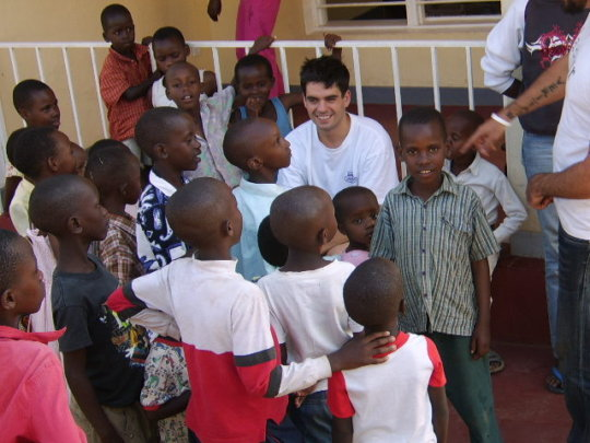 Engaging Students Globally in Pro Bono Service