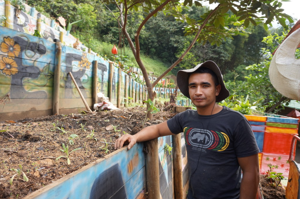 Economic empowerment of 51 families in Medellin