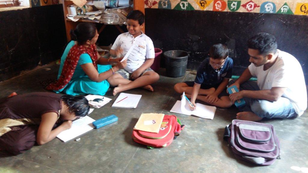 children getting support in friendly enviornment
