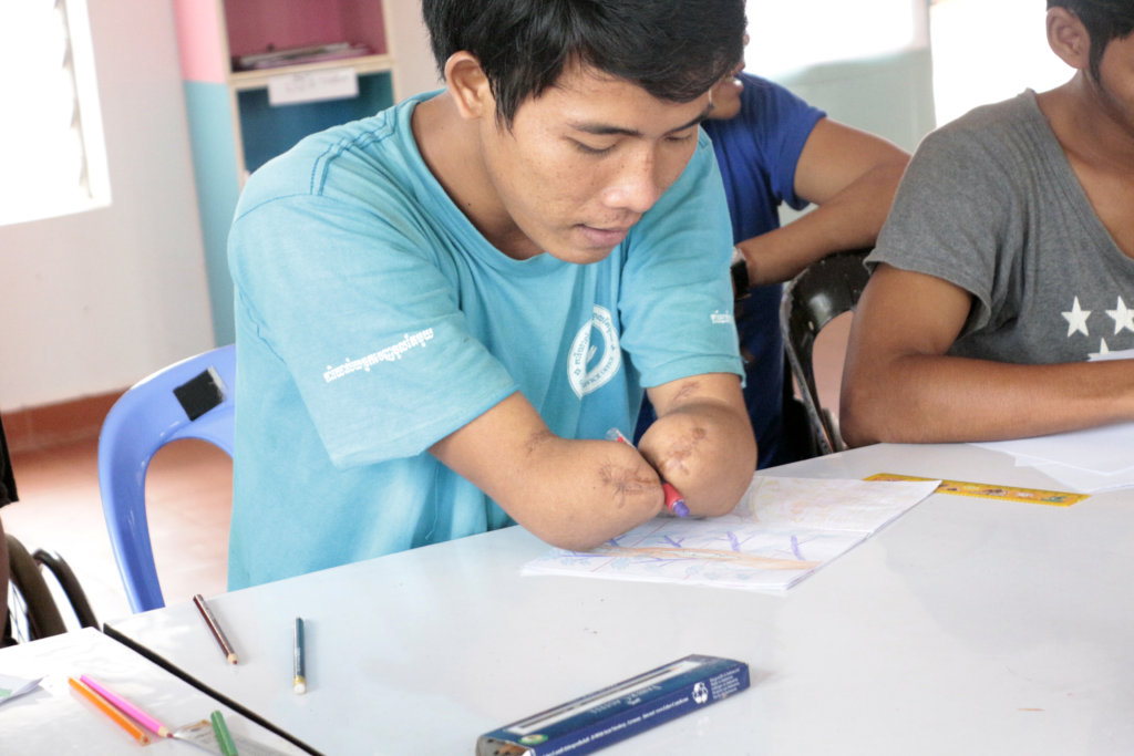 Empower young people with disabilities in Cambodia