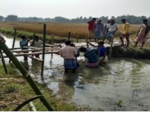 Bridge between Tilbhog and Beheratuli villages