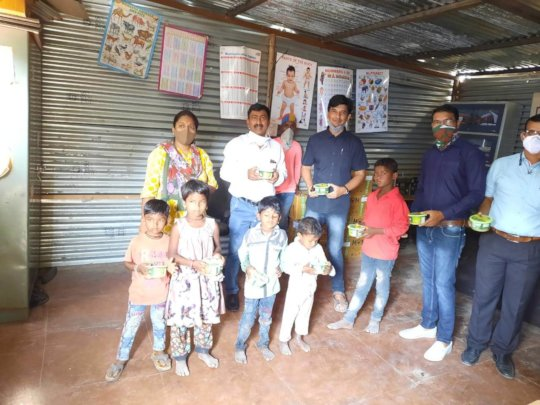 Distribution of packaged food