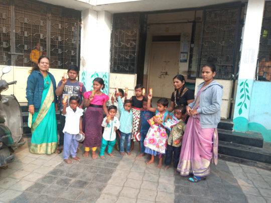 Distribution of snacks in the premises of school