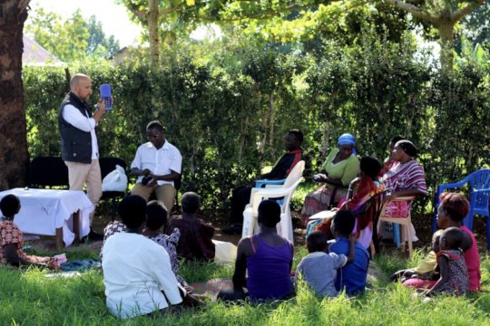 Field trip Player distribution to a Women's group