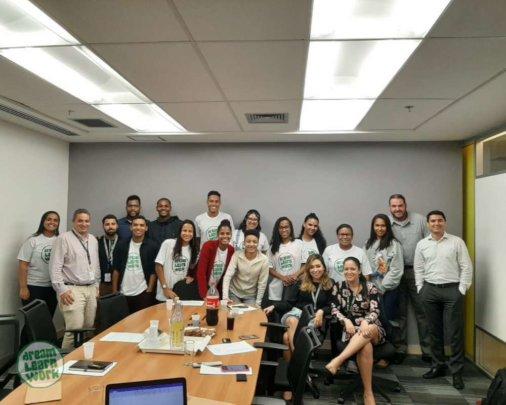 DLW visits Brunel Brazil's office for workshops.