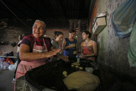 Photo from Manos Que Reconstruyen Oaxaca A.C.