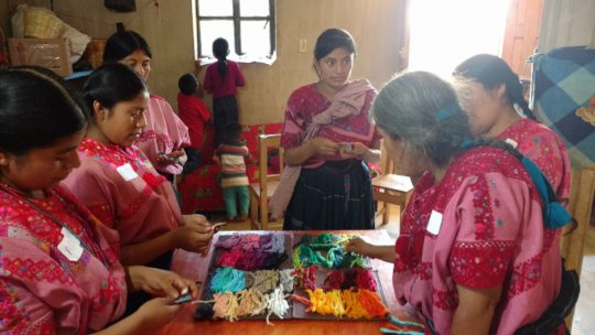 Workshop with Aldama artisan women