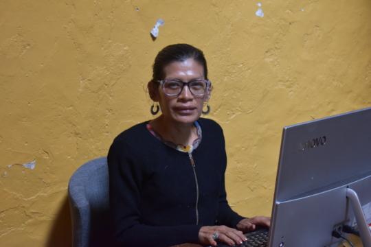 Xunka working at Impacto office