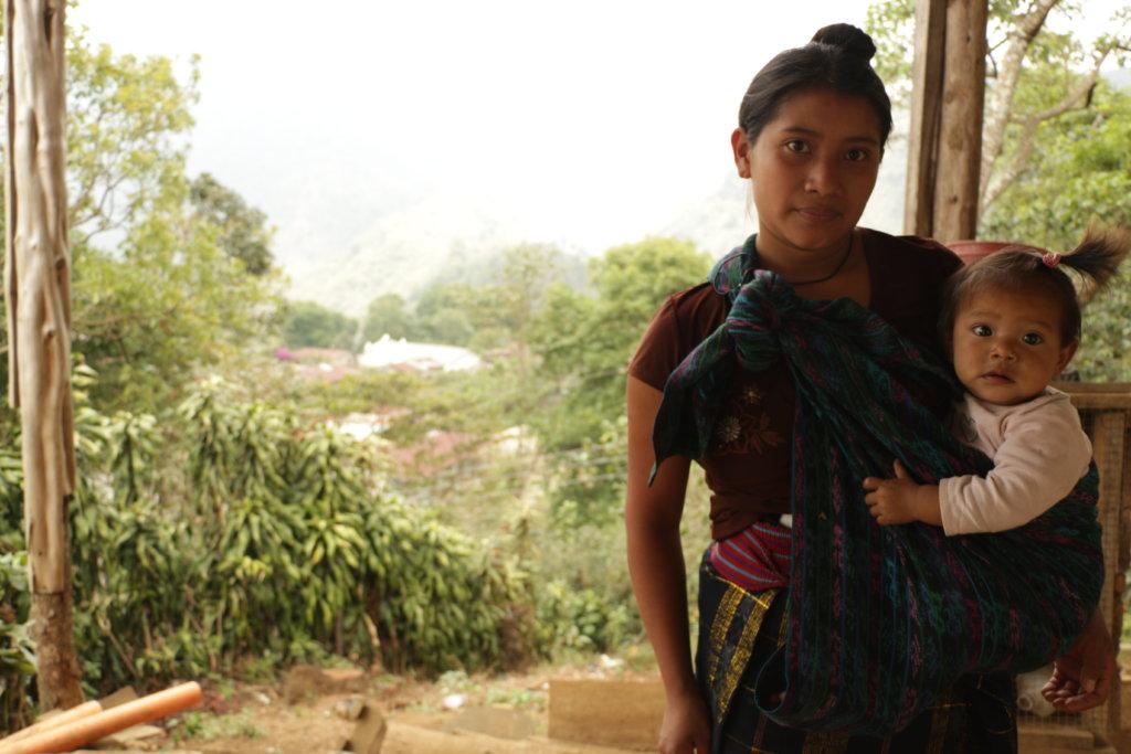 Help buy solar-powered lamps for Maya beading coop