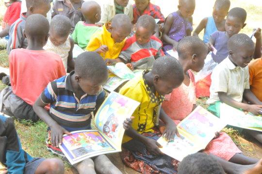 Children Loving to read