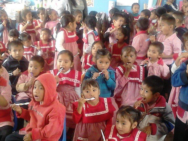 Dental Team visit Kinder