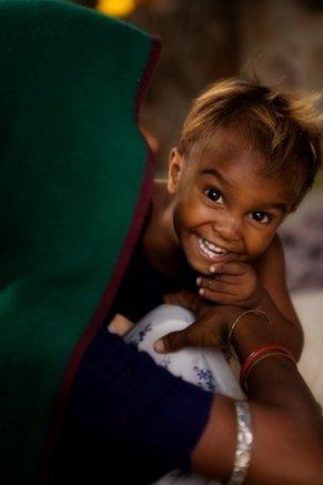 Help children fight against malnutrition.