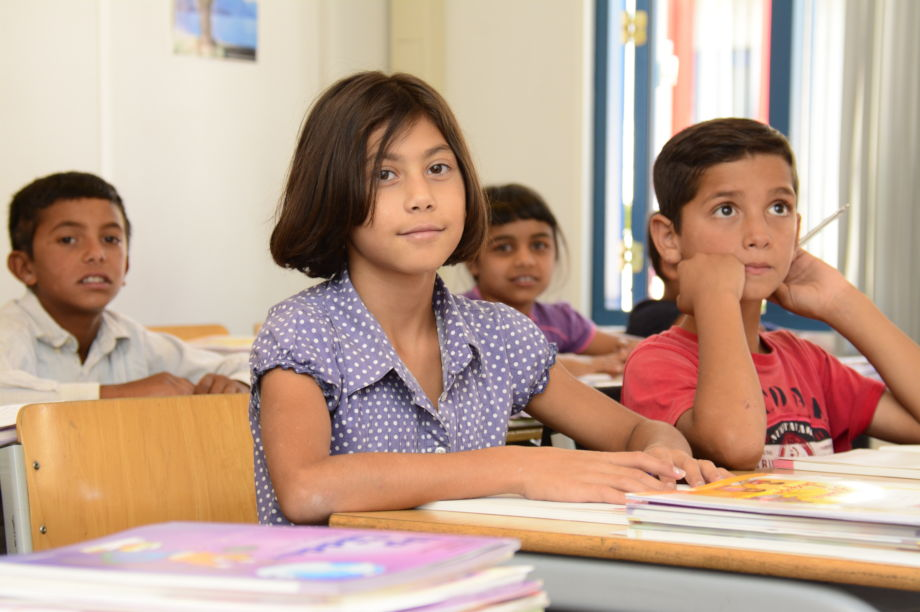 Help Albanian Roma Youth Succeed in School