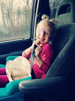 Emilija traveling